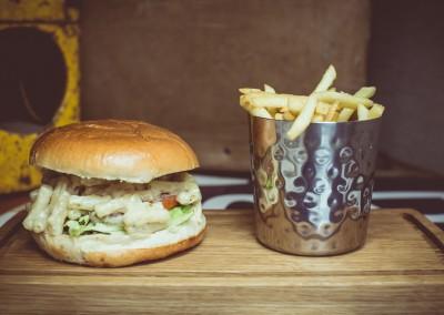 Mac & Cheese Burger - Monterery Jack, Parmigiano-Reggiano, Macaroni, Truffle Oil, Brioche, Fries