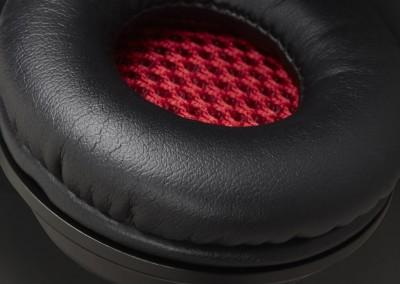 promo-cushion-black