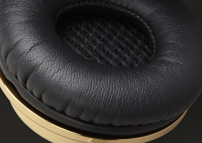 promo-cushion-gold-2