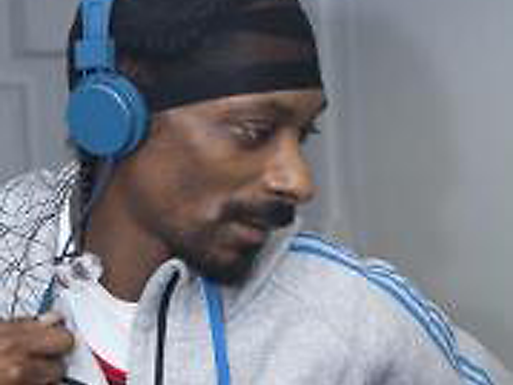 Snoop Dogg in Urbanears at Lovebox Festival
