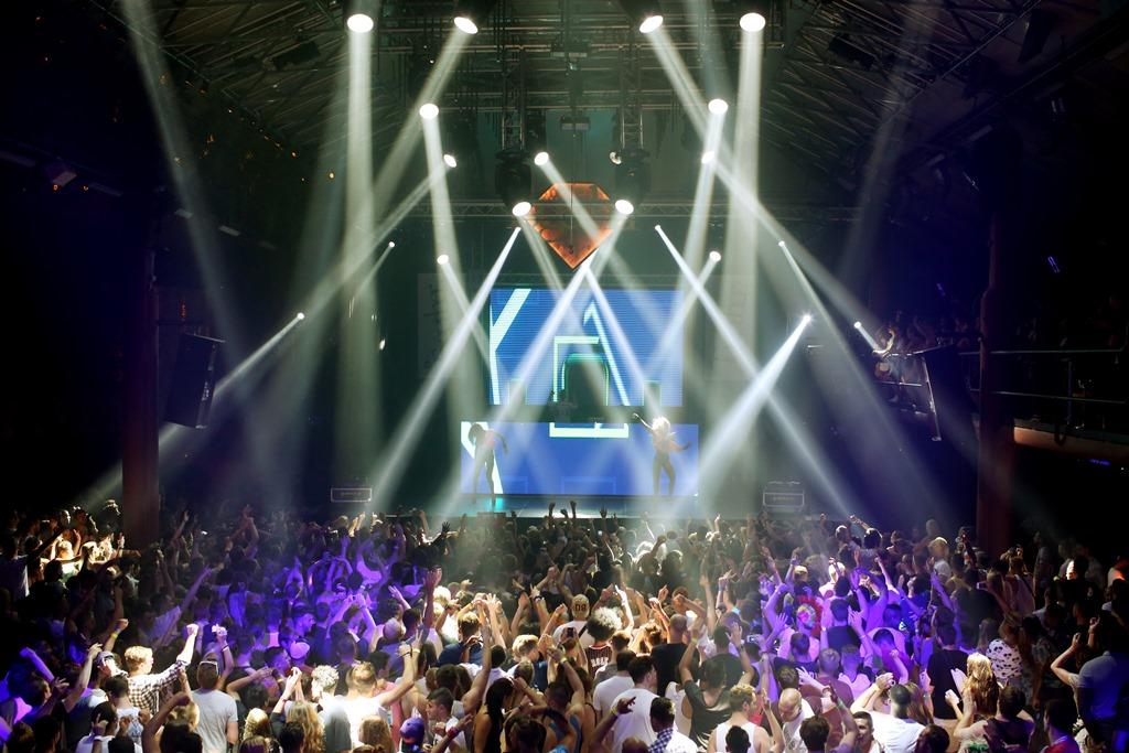 Club Amnesia2