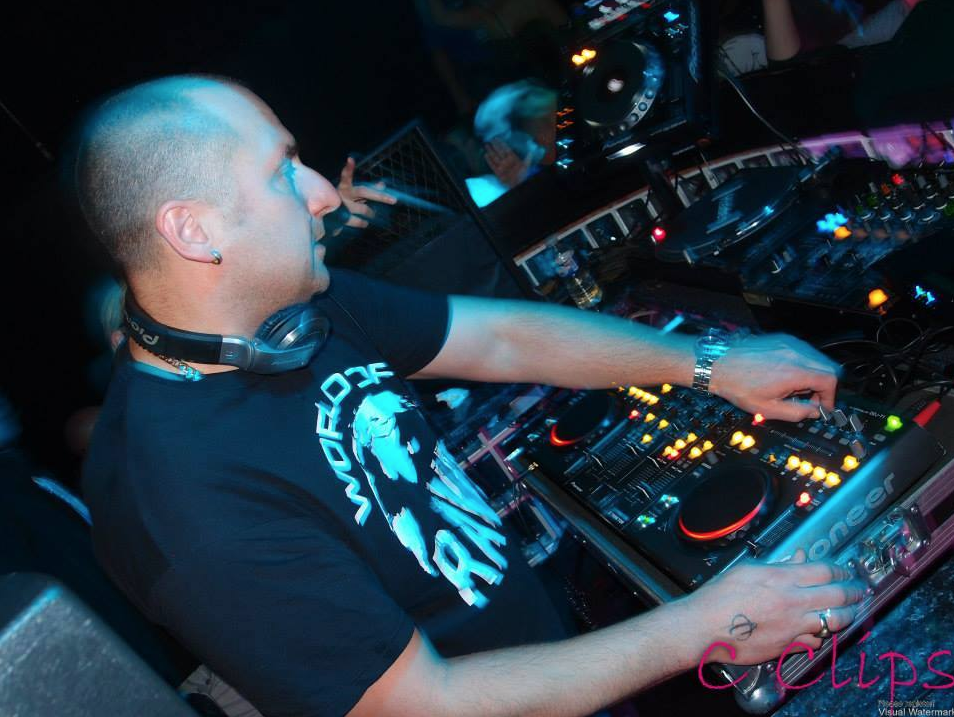 The Minirig Mix Series Welcomes DJ Slipmatt